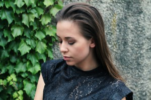 Sleek-Look lange haare spitzenbluse schwarz