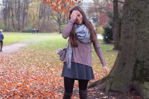 oversize schaal outfit overknees skater skirt