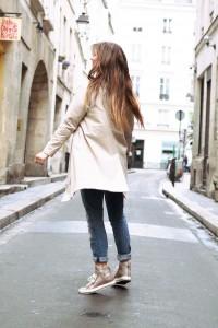 Sightseeing outfit Paris Tourist Tour Stadt Besichtigung Reisen Städtetrip