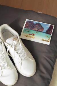 weiße Sneaker street style