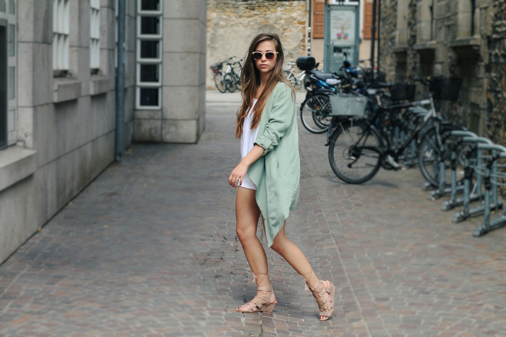 Mode styling-tipps für heiße tage Sommertage Sommer Outfit