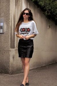 Fashion blog outfit Streifenshirt Lederrock Streetstyle
