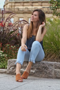 Fransen Jeans Do it yourself selber schneiden blogger fashion Trend Whitelilystyle