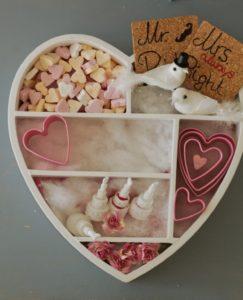 Geldgeschenk-Hochzeit-Geburtstag-Taufe-in-Herzform-weiße-Taube-Süßigkeiten-DIY-blogger-Augsburg