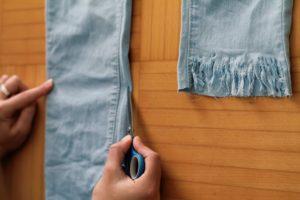 Jeans selber schneiden Fransen