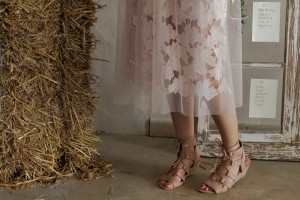 sheer skirt rose flower wedding Hochzeitslook