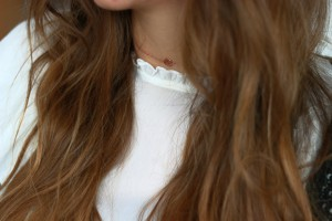 Bluse Kette Schmuck accessoires rosegold