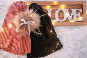Mützen Fellbommel fellmütze abnehmbarer Fellbommel Accessoire winter accessoire Monatsfavoriten Dezember- Winter Edition