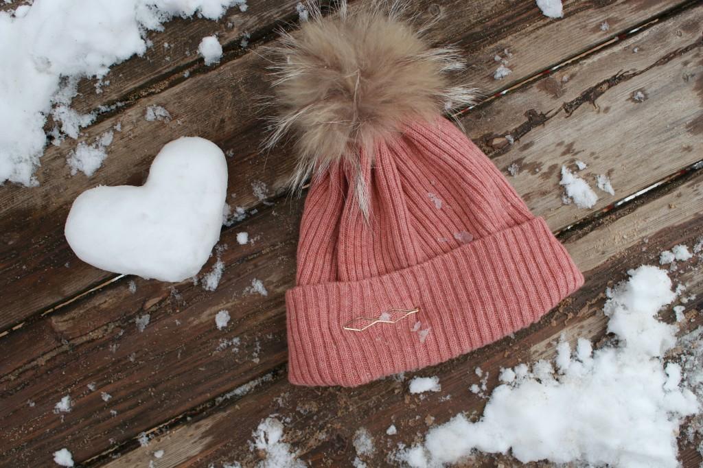 Winter Mütze Accessoires gold Mütze mit Fellbommel