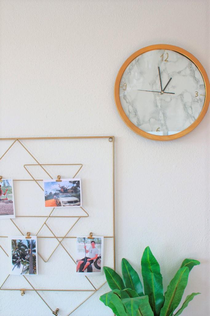 Marmor Möbelstück bekleben Interior Uhr marmor gold Arbeitsplatz wohnzimmer verschönern