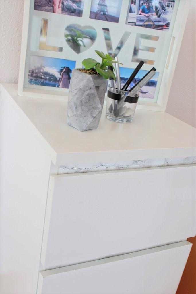 Marmor Möbelstück bekleben Interior Malm Ikea Schrank Kommode
