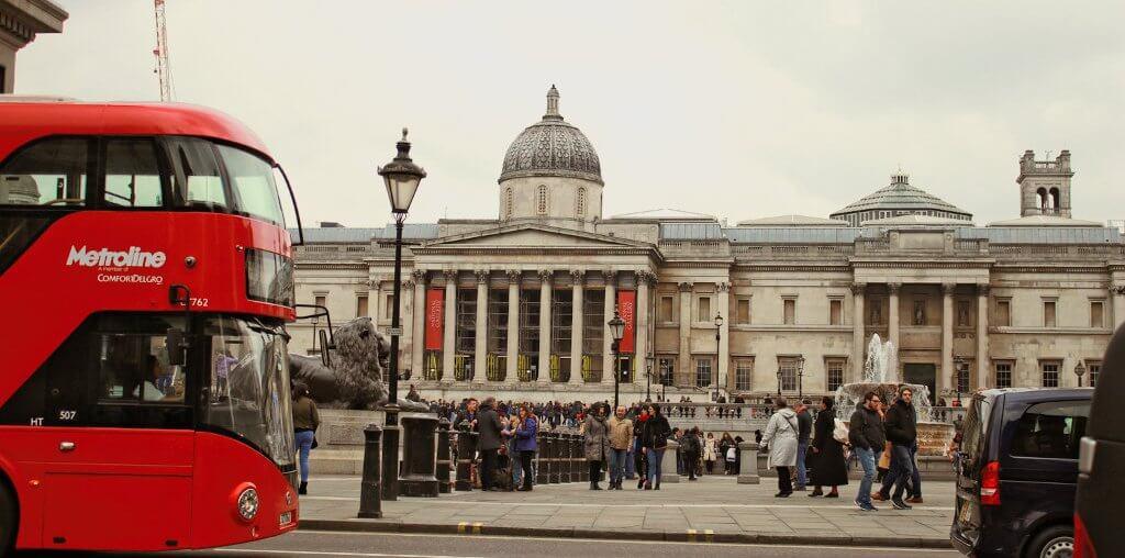 Trafalgar Square roter bus london tipps Sehenswürdigkeiten städtereise kurztrip sightseeing London geheimtipps must see