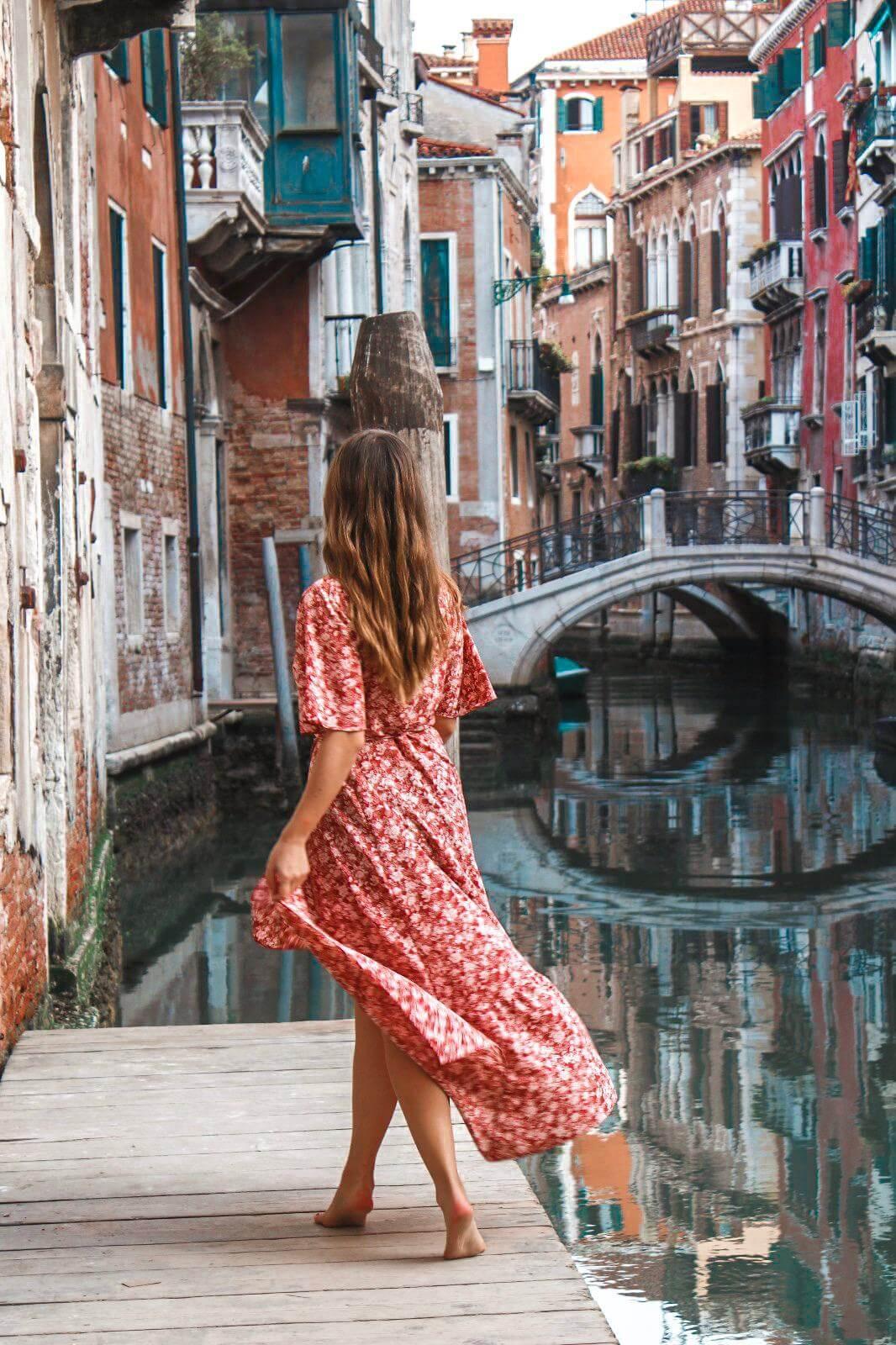 Die 5 schönsten Sehenswürdigkeiten & Fotolocations in Venedig & Wie du den Touristenandrang in Venedig umgehst