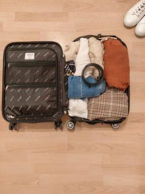 Urlaubskoffer Packen