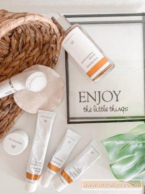 Gesichtspflege – Die besten Tipps zur Pflege bei trockener Haut