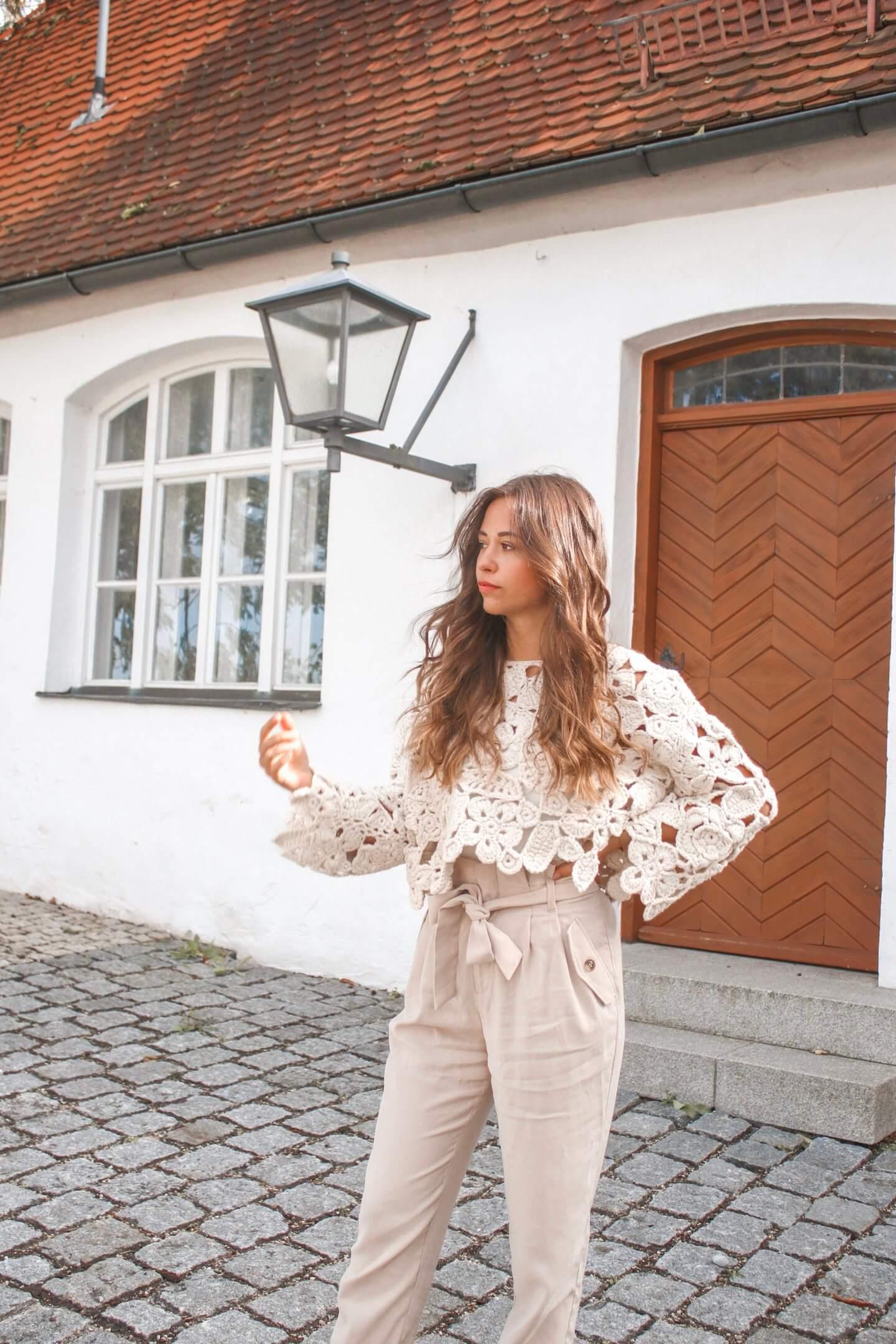 All beige Outfit – Wie kombinieren wir den Neutrals Trend