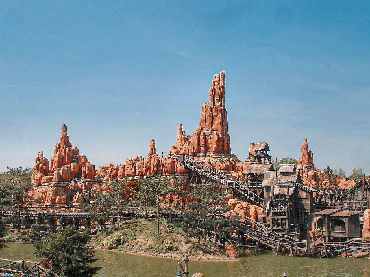 Disneyland Paris Attraktionen- magic everywehre