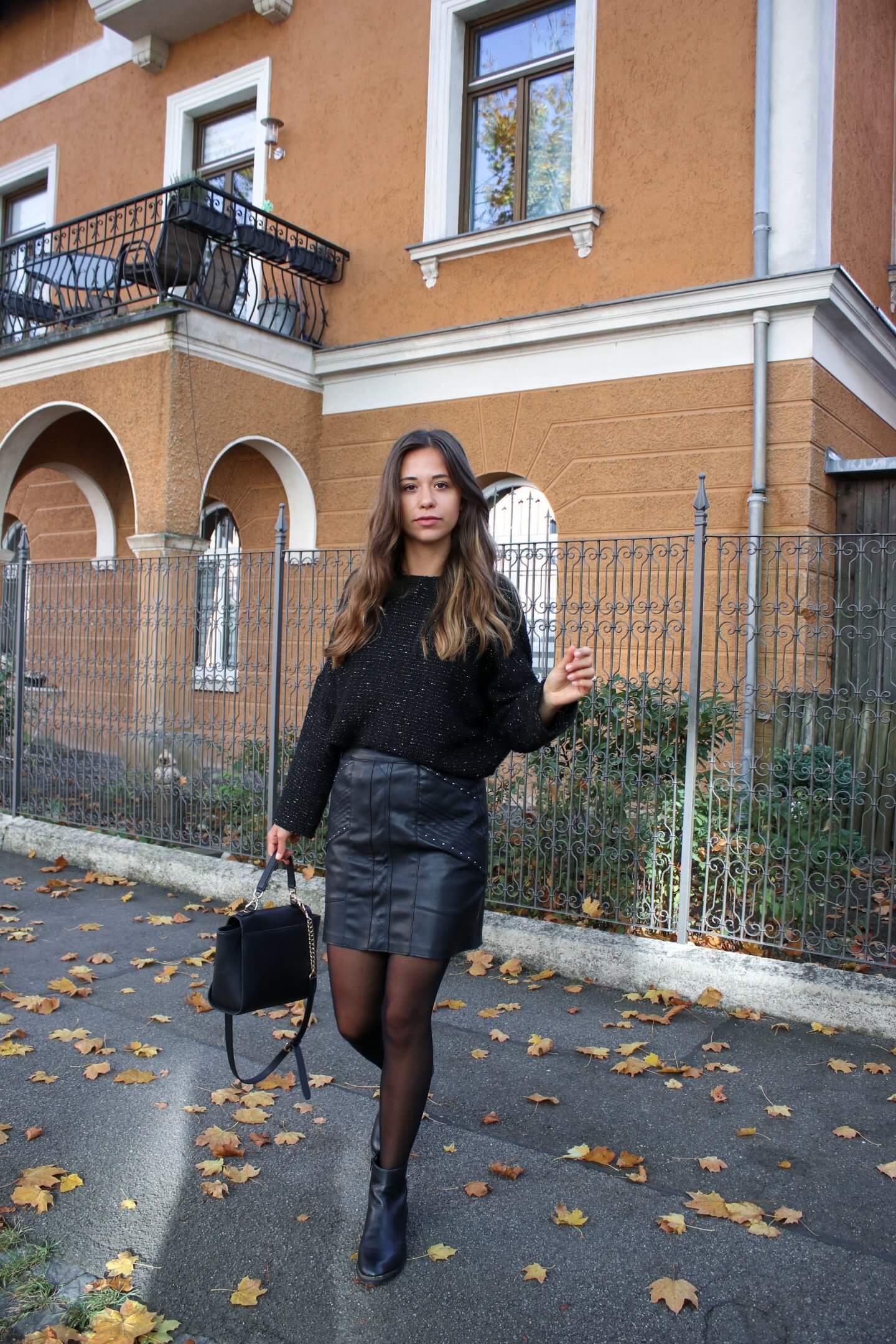 All Black Look– so stylen wir ein Outfit nur mit schwarzen Kleidungsstücken