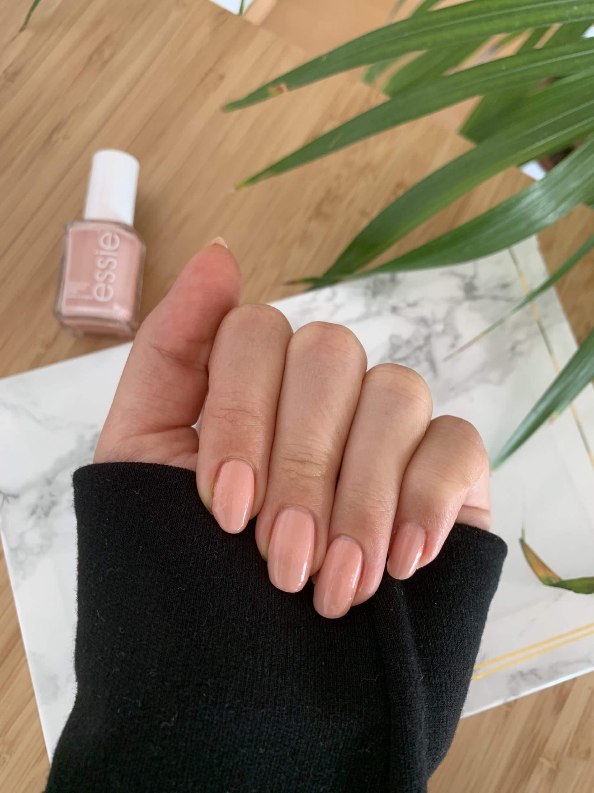 Von Natur aus lange Nägel - Tipps für lange Nägel und die richtige Nagelpflege