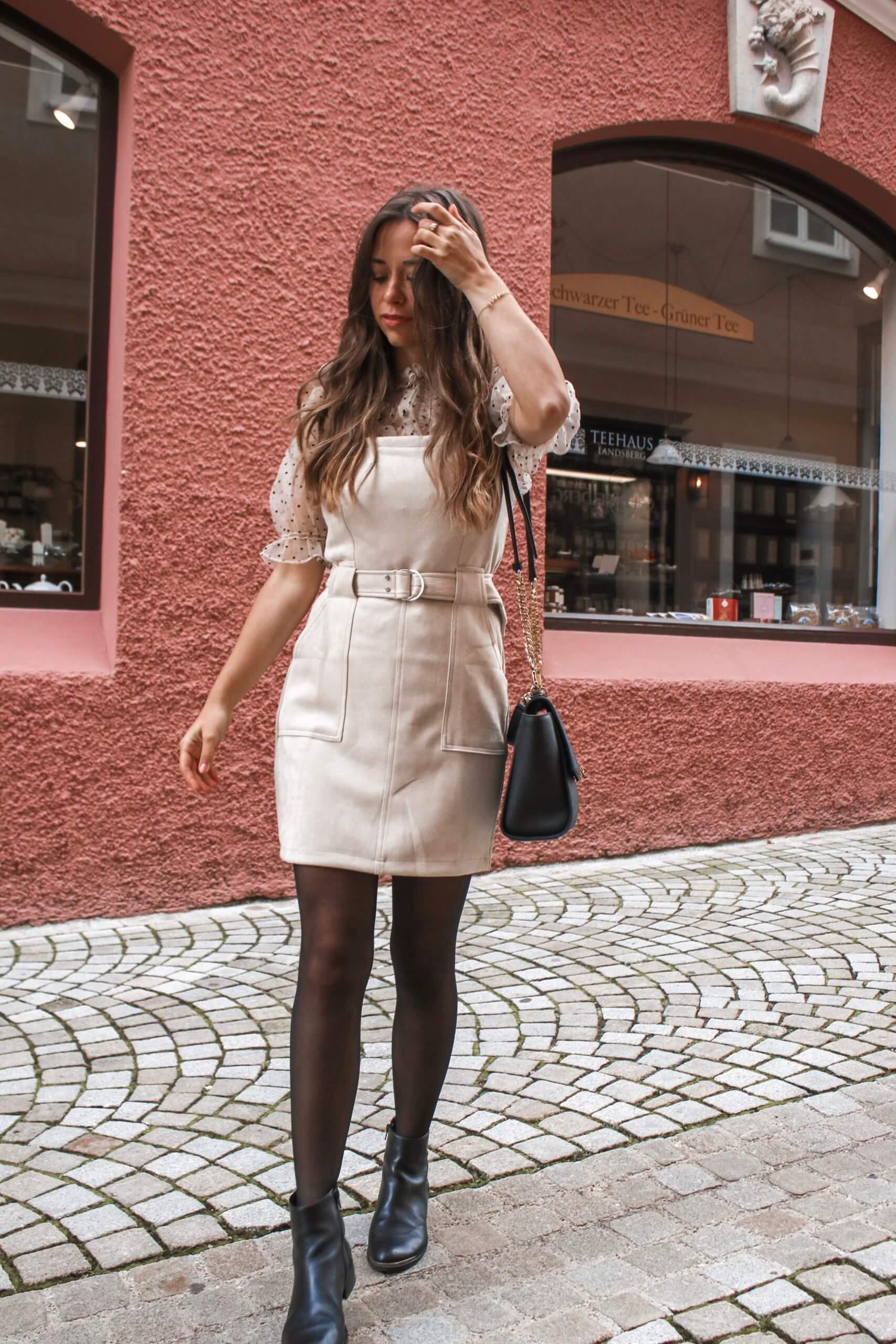 Latzkleid kombinieren - das Trendteil style ich am liebsten so!