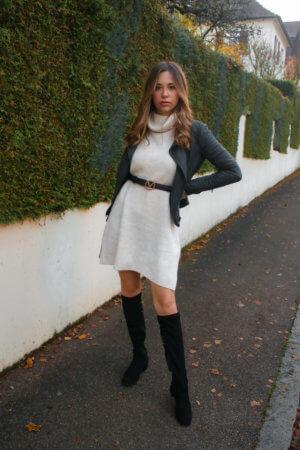 Mein Outfit mit Strickkleid, Lederjacke und Overknees