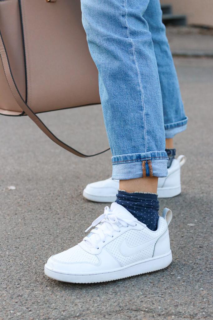 Weiße Nike Sneaker Trendschuhe 2021
