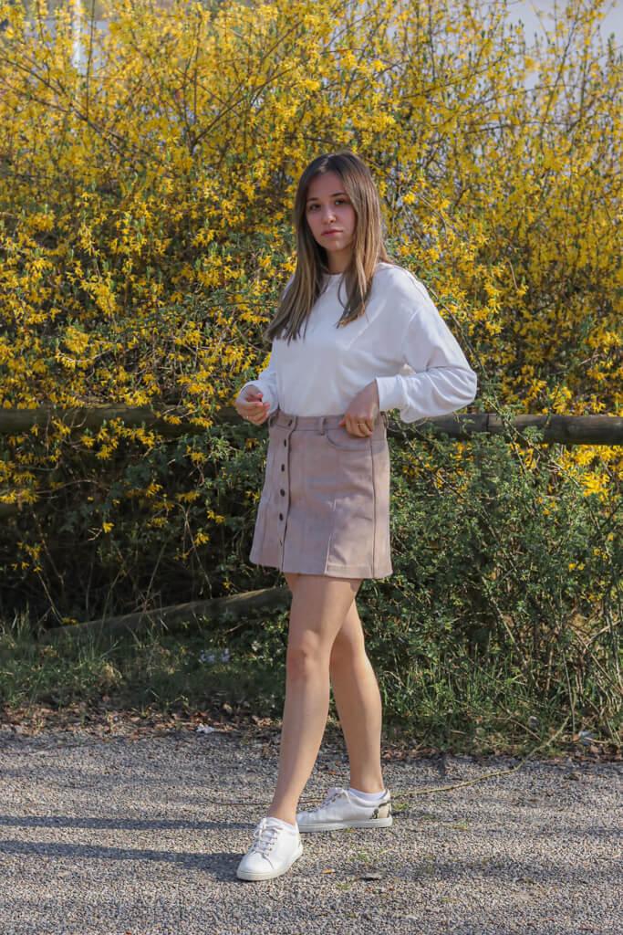 Mein Outfit mit Button up skirt für den Frühling- so style ich den geknöpften Rock im Alltag