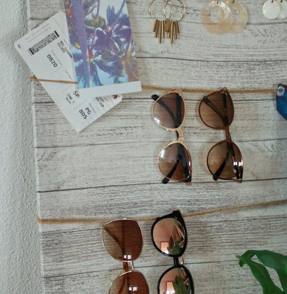 Schmuckaufbewahrung Ketten Ohrringe DIY doityourself blogger tipps accessoires etagere Schminktisch Upcycling Sonnenbrille